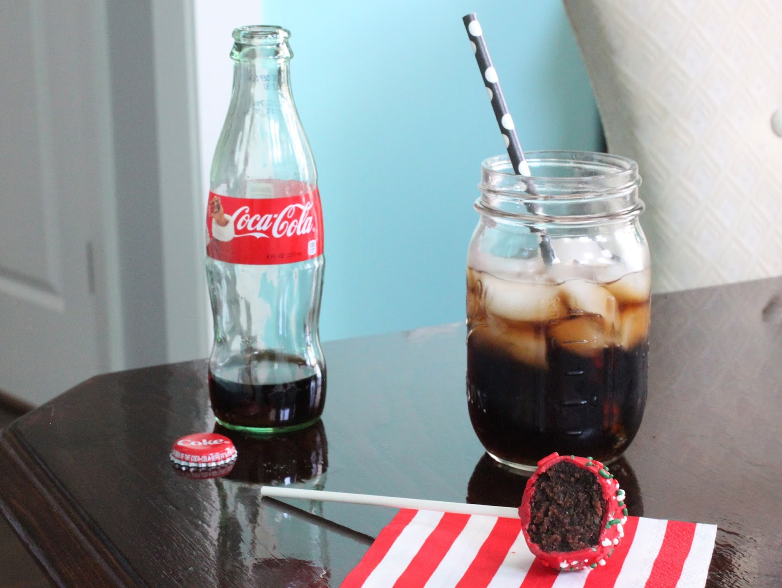 borrowed heaven: Holiday Sips & Snacks: Coca-Cola Cake Pops