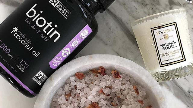 La biotina puede darte el cabello, la piel y las uñas que tanto deseas