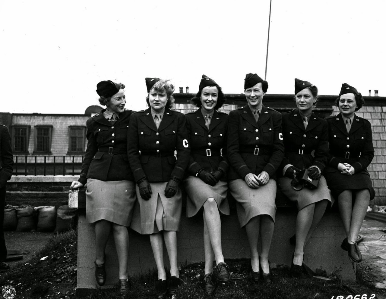 20 Interesting Black And White Photos Of U S Women In