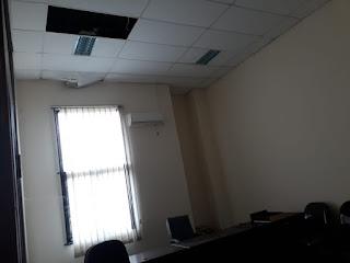 Ruangan Gedung Wakil Rakyat Banyak Terbengkalai
