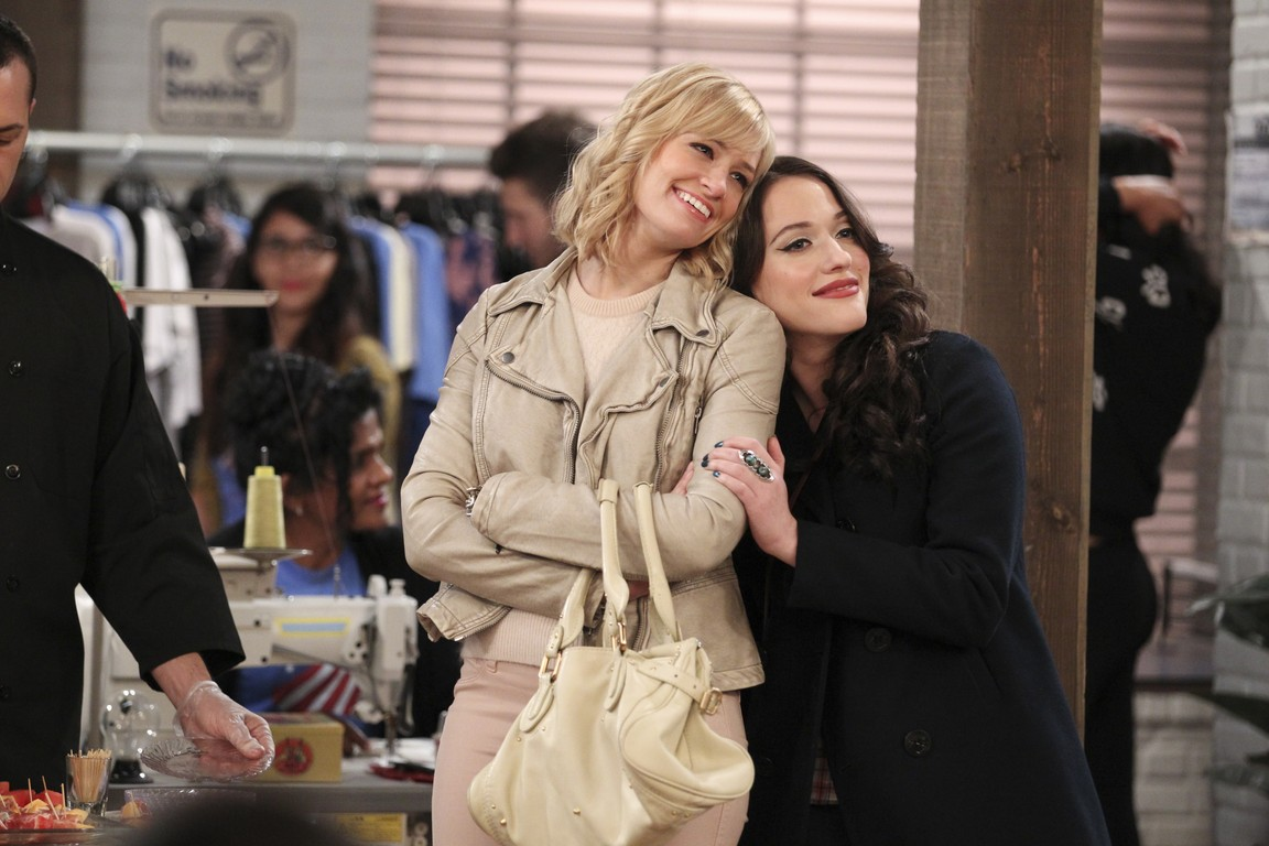 2 Broke Girls - Season 4 Episode 08: And the Fun Factory