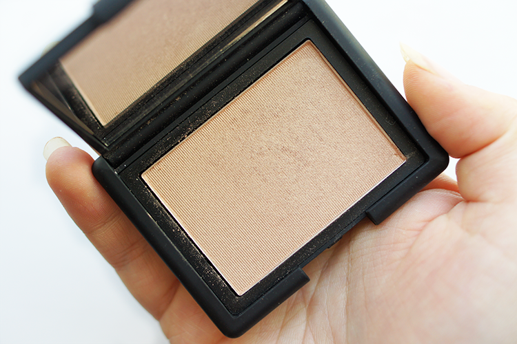 nars-highlighter-blush