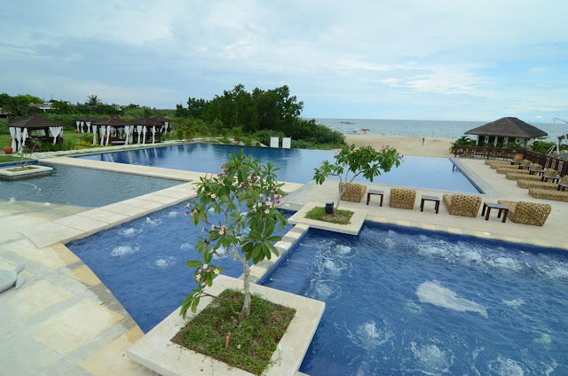 Laiya San Juan Batangas Beach Resort With Swimming Pool