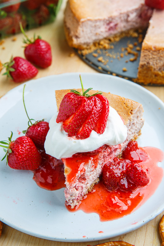 Strawberries and Cream Cheesecake with Pretzel Crust Recipe