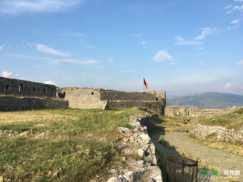 [阿爾巴尼亞.斯庫台] Rozafa Castle:靜靜地聳立在斯庫台郊區的一座城堡