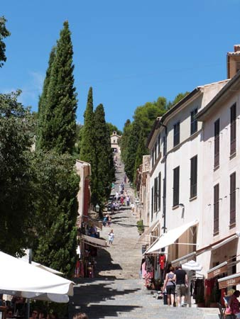 Treppe: El Calvari in Pollenca auf Mallorca