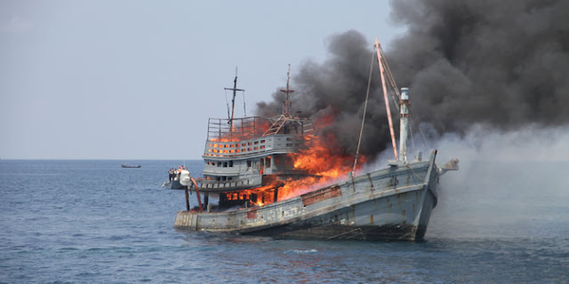 Bakamla amankan kapal berbendera Thailand & Malaysia di selat Malaka