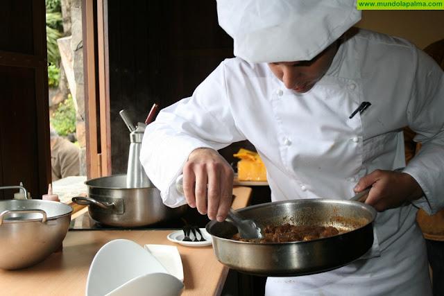 Oferta de empleo de ayudante de cocina en Garafía