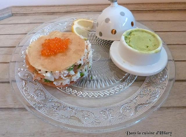 Millefeuille au saumon fumé-crabe et sa crème glacée à l'avocat