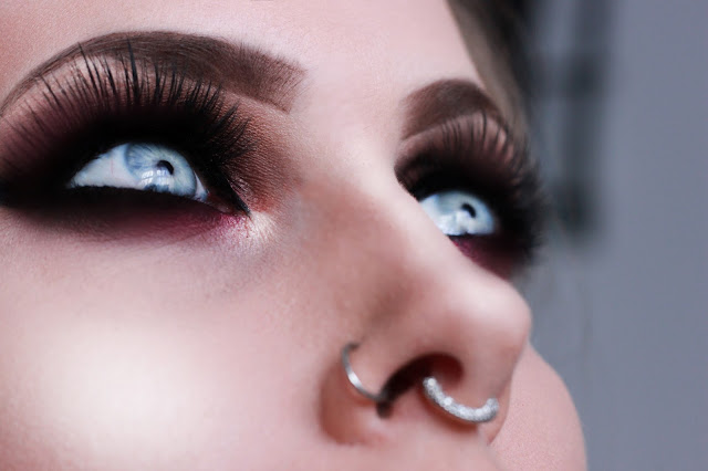 leluroxxblogger, smokeyeyes, septumpiercing, vagasnaylashes, halo, eyemakeup, makeuplook