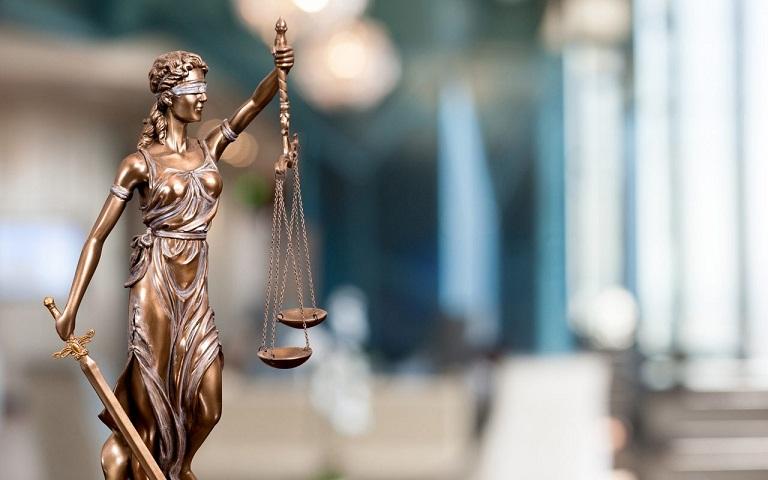 Kisah Orang-orang yang Menggugat Tuhan ke Pengadilan