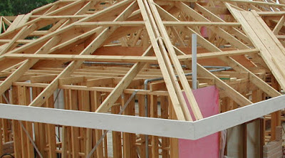 Memilih kualitas Matrial Rangka Atap Antara kayu Dan Besi Galvalum 2