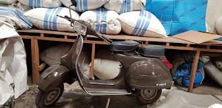 Jual Scooter Italy P150S Berfaktur Full Orisinil Bawaan Pabrik