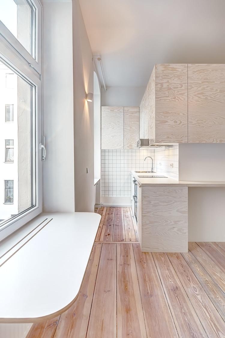 02-Spamroom-21sqm-Micro-Apartment-in-Moabit-Berlin-www-designstack-co