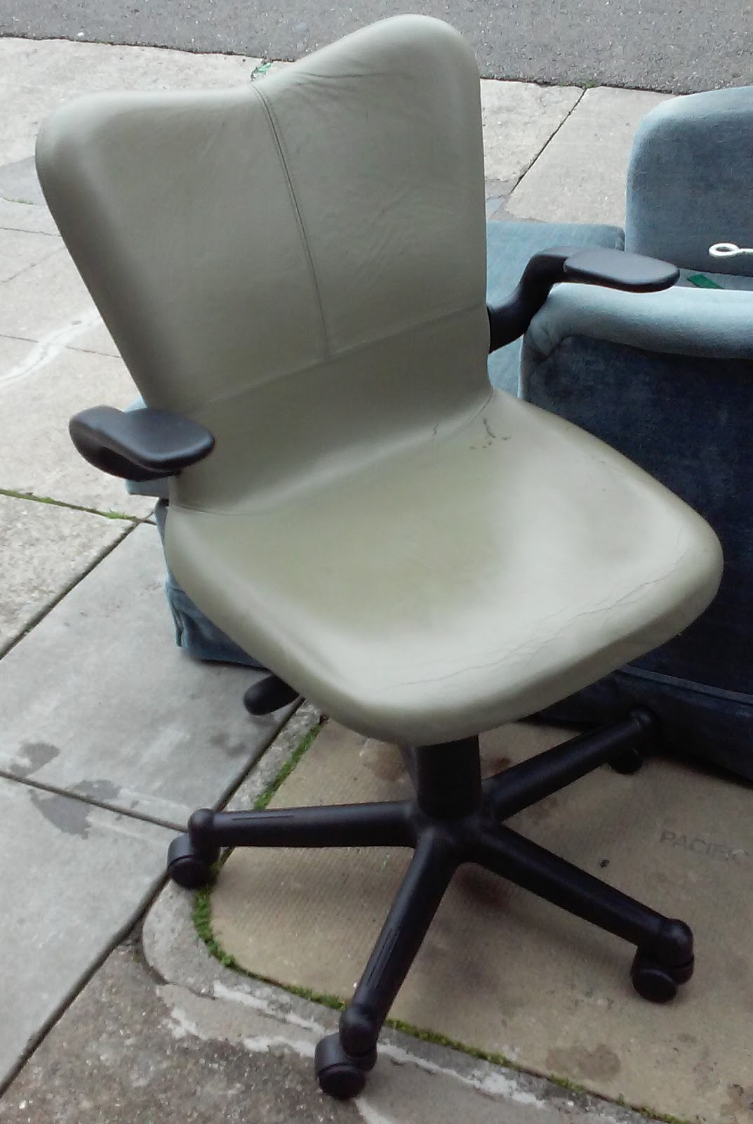 office chair warmer reclining computer uhuru furniture and collectibles sold warm grey leather