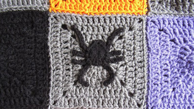 Halloween Spider Applique and Granny Square - Free Crochet Pattern
