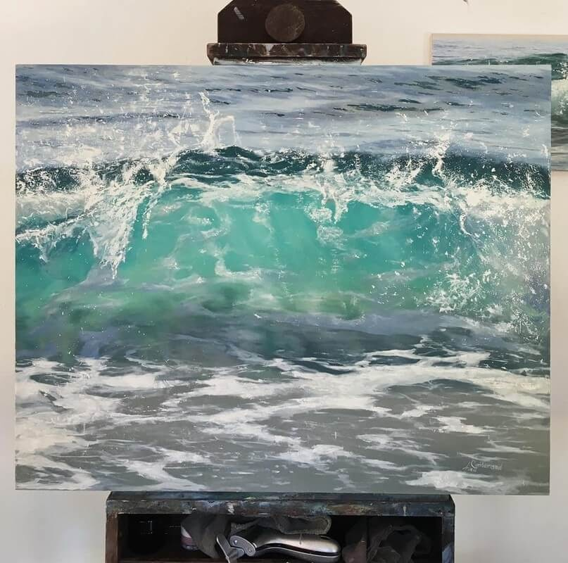 09-Irina-Cumberland-Realistic-Water-Paintings-www-designstack-co