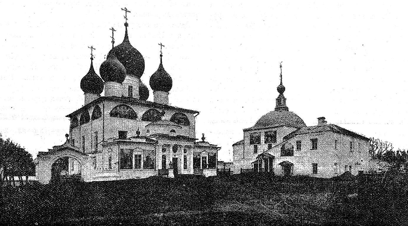 Петровский монастырь на озере Неро до Октябрьского переворота в России