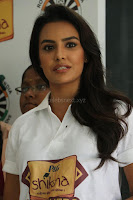 Actress Priya Anand in T Shirt with Students of Shiksha Movement Events 43.jpg