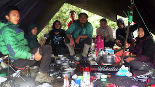 Private Trip Family Gathering Pendakian Gunung Prau - Lokasi Puncak Gunung Prau