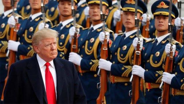 Ông Trump duyệt đội danh dự