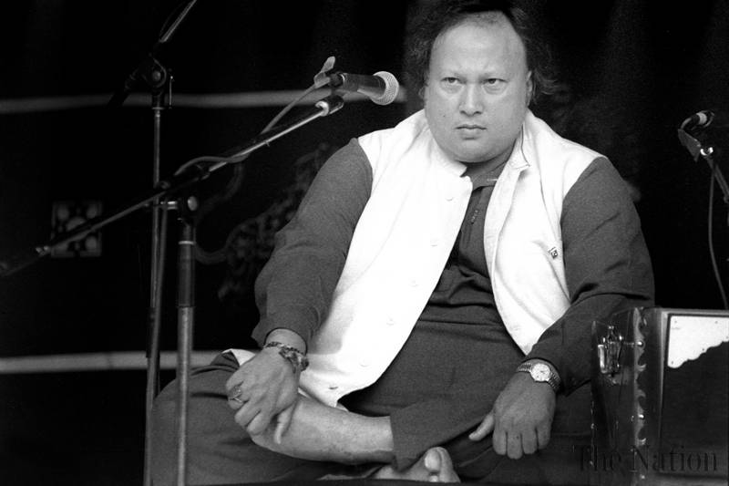 Nusrat Fateh Ali Khan continues to reign over hearts 21 years after death | NusratSahib.Com