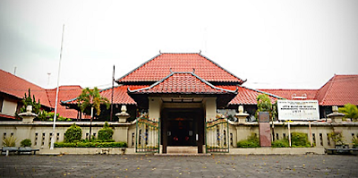 museum sonobudoyo museum sonobudoyo adalah museum sonobudoyo kota yogyakarta daerah istimewa yogyakarta 55122 indonesia museum sonobudoyo jam buka
