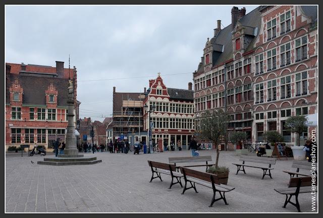 Plaza Sint-Veerlplein Gante