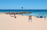 http://imgsplanet.com/pics/main/20/280167-city-beach.jpg