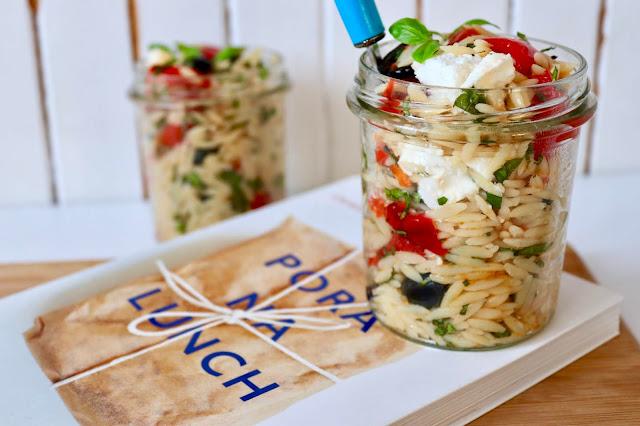 przepis na sałatke makaronową