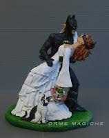 cake topper sposi supereroi cosplay appassionati di fumetti statuine matrimonio orme magiche