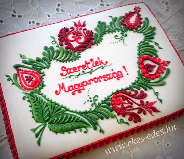 magyar hímzés mézeskalácson