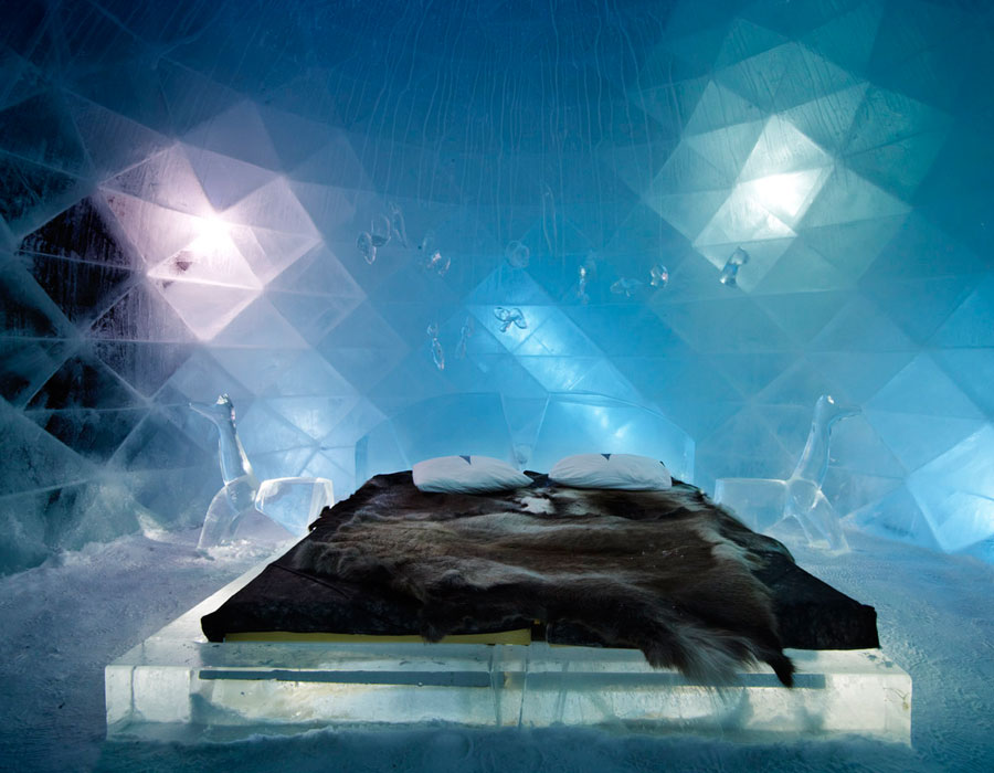 passion for luxury icehotel in jukkasj rvi sweden. Black Bedroom Furniture Sets. Home Design Ideas