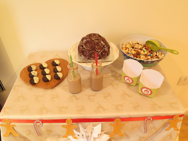 dessert table, gingerbread house party