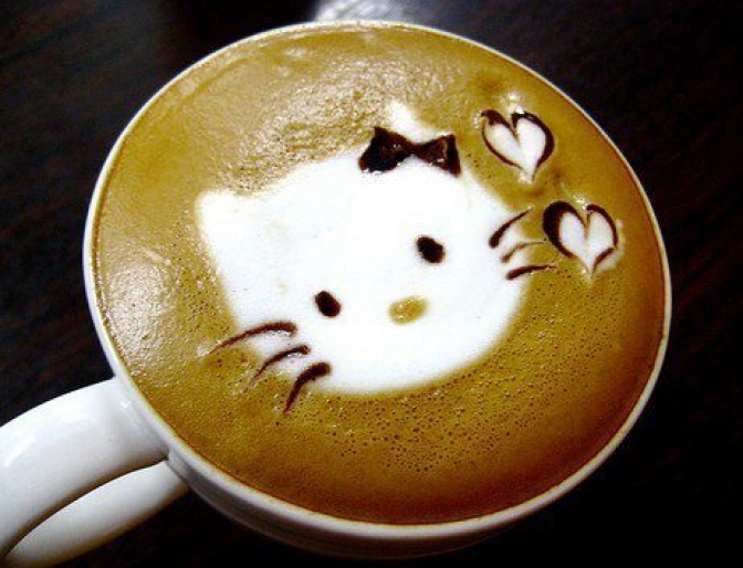 photo coffee-art_hello-kitty_zpsrakzgmpy.jpg