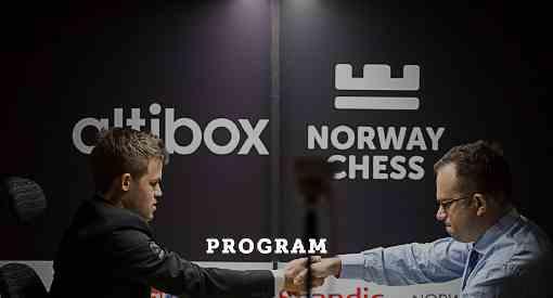 L'an dernier Magnus Carlsen avait gagné in extremis le tournoi 2016 en battant à la dernière ronde l'Ukrainien Pavel Eljanov, juste après avoir perdu contre Levon Aronian © site officiel