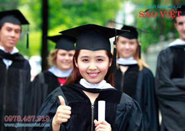 Gia sư lớp 12 có kinh nghiệm, kiến thức chuyên môn được gia sư Sao Việt tuyển cử kỹ càng. Gia sư lớp 12 mang lại cho phụ huynh sự hài lòng, tin tưởng vào chất lượng giảng dạy giúp học sinh tiến bộ vượt bậc.
