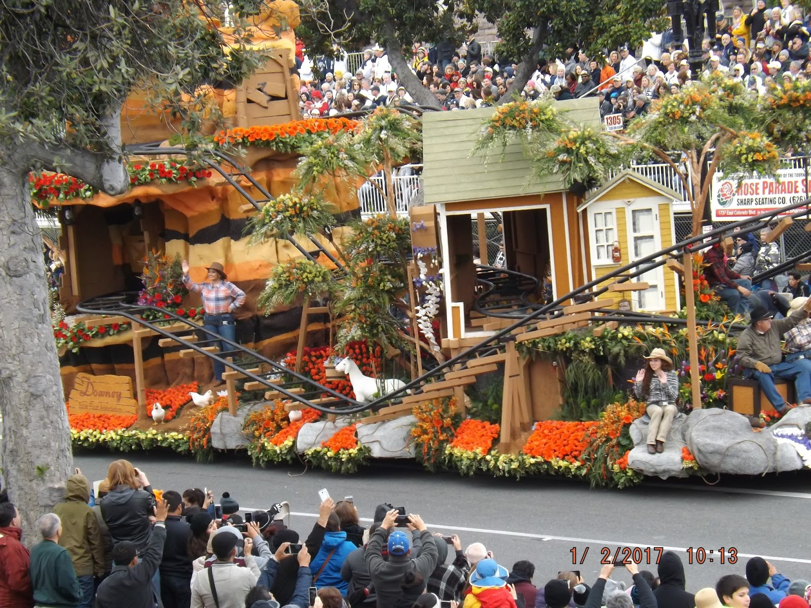 Up To Speed Rose Bowl Parade 2017 Floats