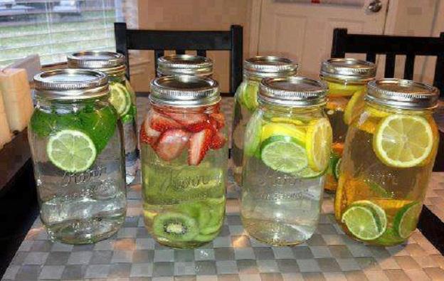 Minuman Segar dari Buah Semangka sebagai Detox Water