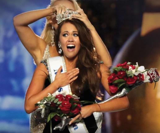 #MissAmerica2018  - Miss North Dakota Cara Mund Takes The Crown