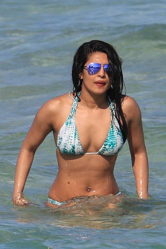 Hindi Actress In Blue Bikini Body Show Stills In Beach Priyanka Chopra
