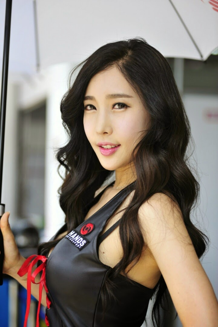 Korean Race Queens: Im Min Young at Asian LE MANS Series 2014