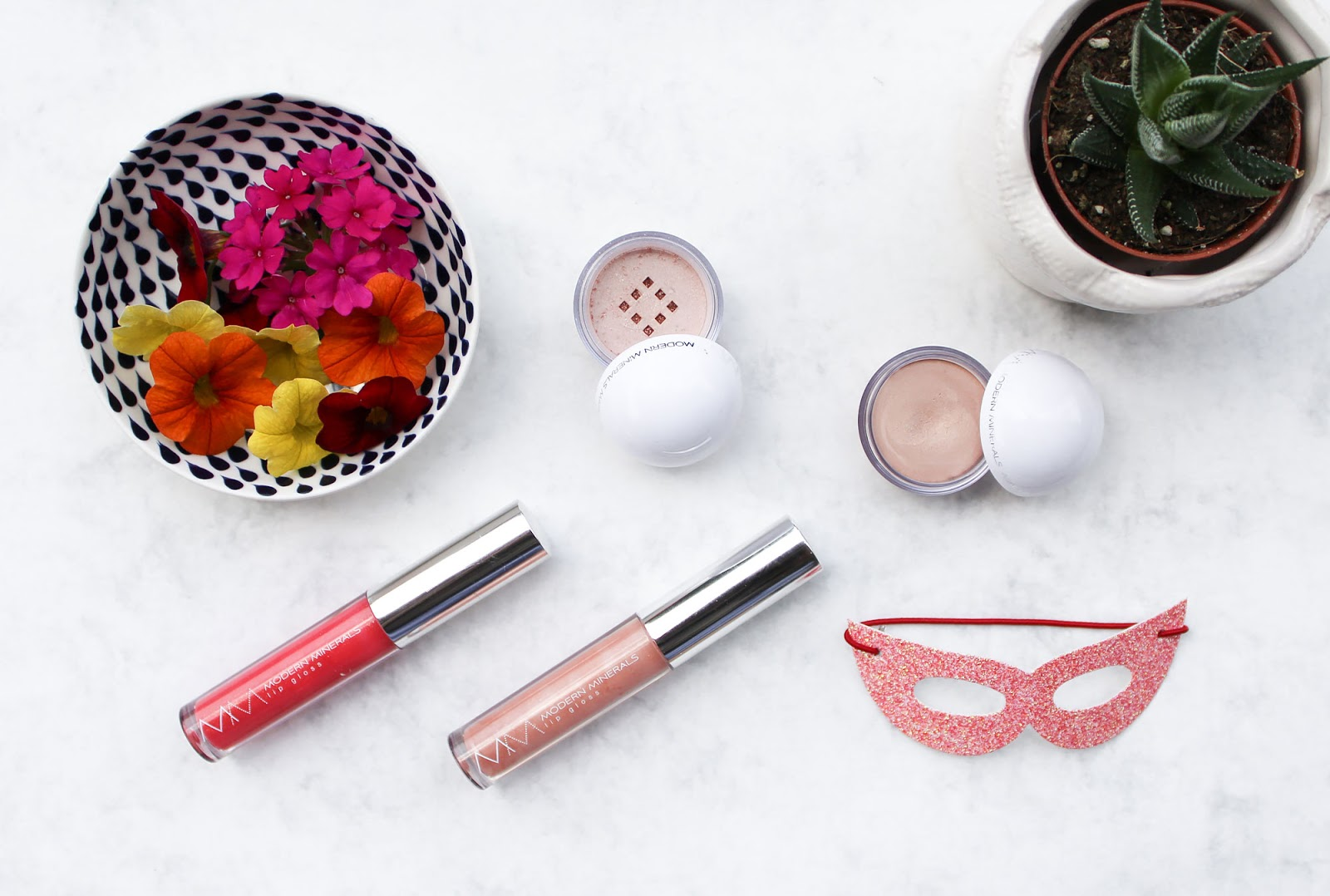 Modern Minerals X Lotus Wei Emotive Makeup Collection Small Bits