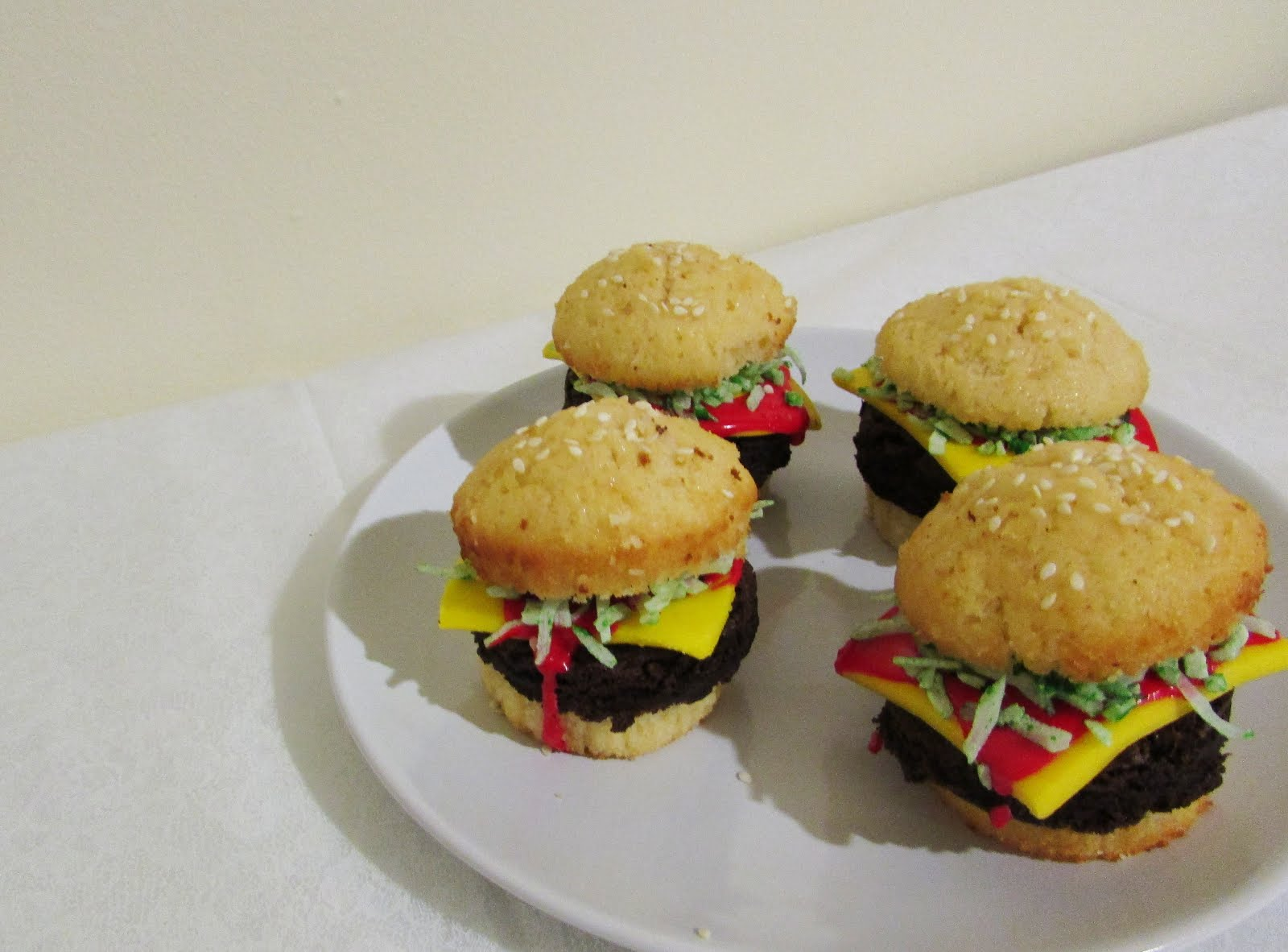 Hamburger Cupcakes and Cookie Fries for Hamburger Day