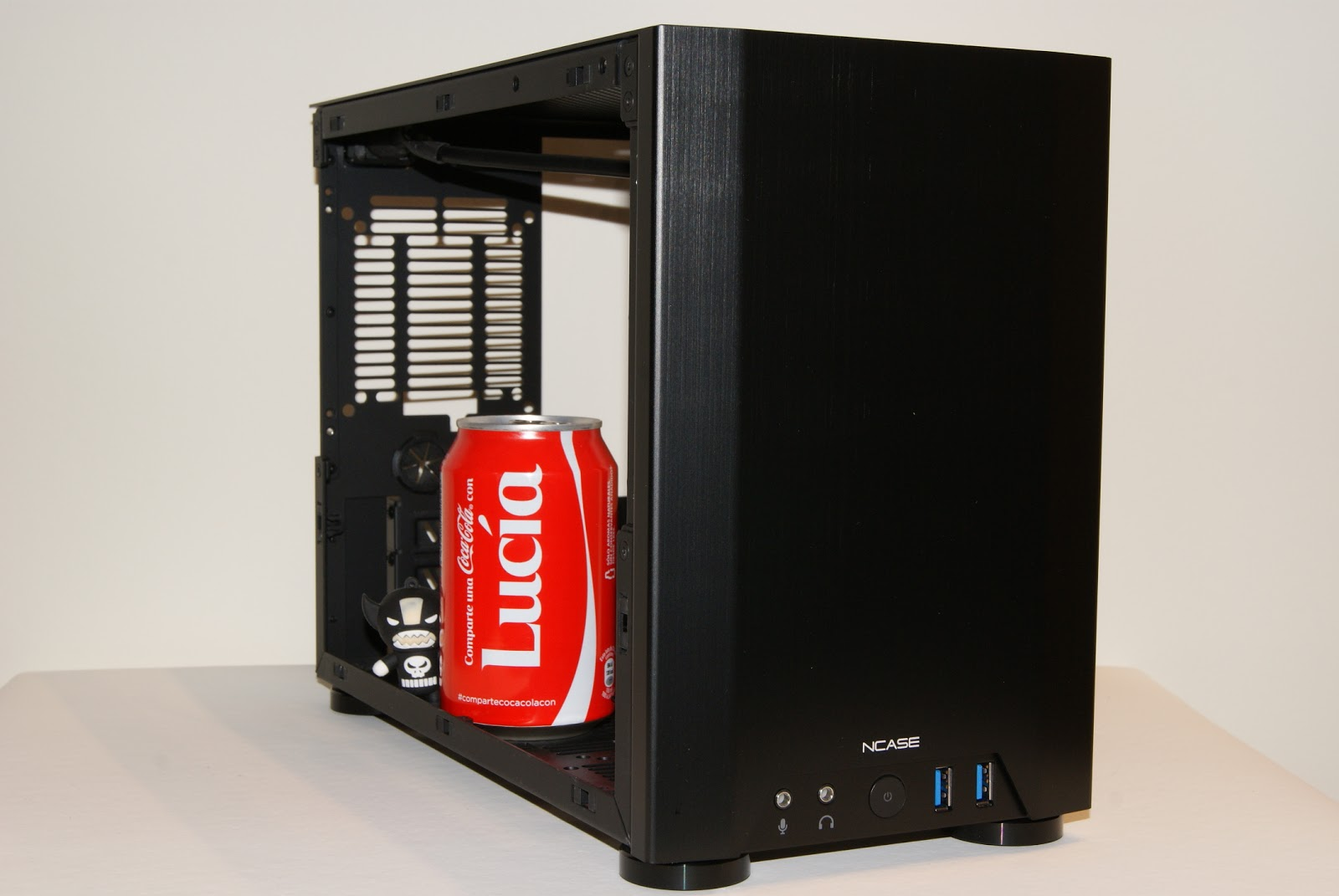 Interior NCASE M1, caja Mini-ITX para PC Gamer