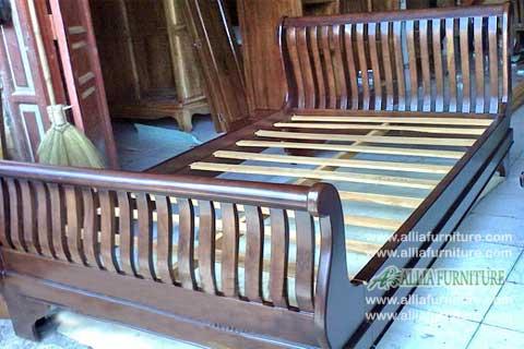 tempat tidur kayu jati bagong jari jari