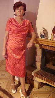12e5aae99f Spodobał mi się model tej o to sukienki.Dlatego też moja tkanina będzie na  topie a sukienka będzie jak znalazł na zbliżające się wesele bratanicy męża.