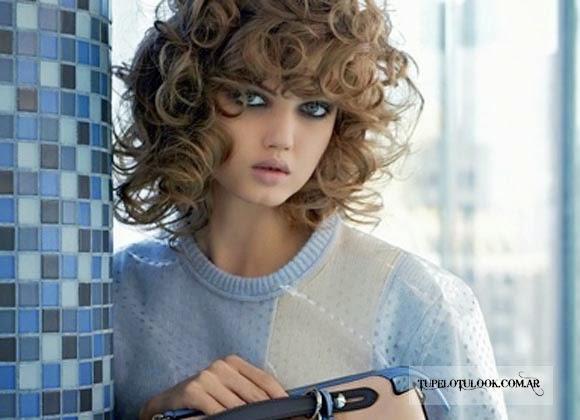 Flequillo Para Pelo Rizado Latest Ests Viendo Una Imagen Del - Peinados-rizados-con-flequillo
