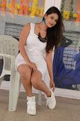 neha deshpande new glam pics-thumbnail-7
