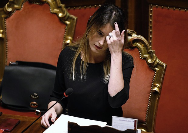 Governo: Renzi, non arrendiamoci, è già tempo di ripartire